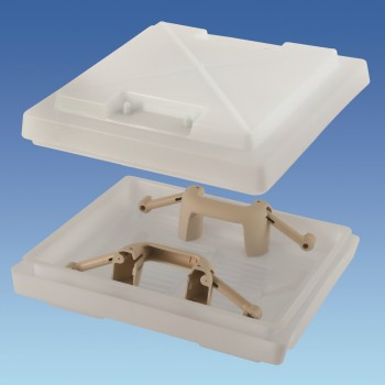 400 x 400mm Rooflight Dome With Handles Beige